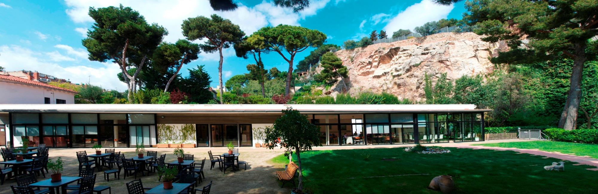 Jardines de la residencia geriátrica Putxet en Barcelona